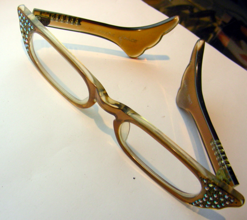 6cc216b0c385 exotic & weird - Framed by Oleg - eyeglasses, sunglasses, vintage ...